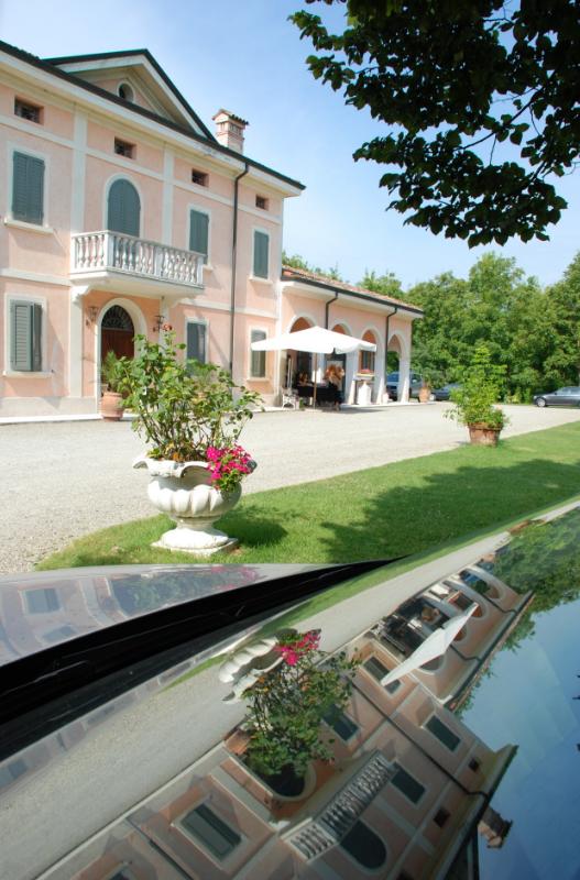 Collezioni Filati a Villa Ascari di Carpi - Foto 3
