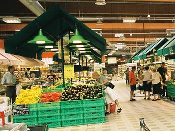 Ancora negativo l'andamento del commercio a Modena